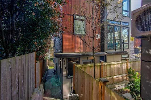 3651 Albion Place N B, Seattle, WA 98103 (#1754714) :: Hauer Home Team