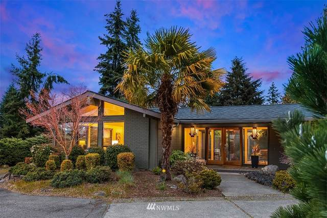 9316 NE 30th Street, Clyde Hill, WA 98004 (#1754965) :: Urban Seattle Broker