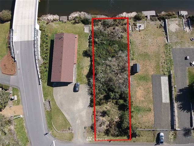 708 Texmar Street, Ocean Shores, WA 98569 (#1755161) :: My Puget Sound Homes