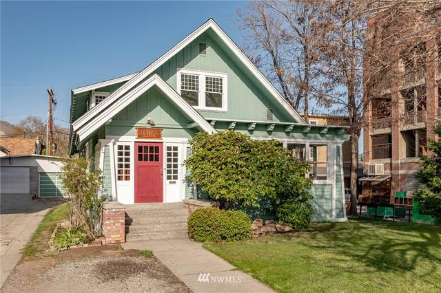 118 S Cleveland Avenue, Wenatchee, WA 98801 (#1755345) :: Ben Kinney Real Estate Team