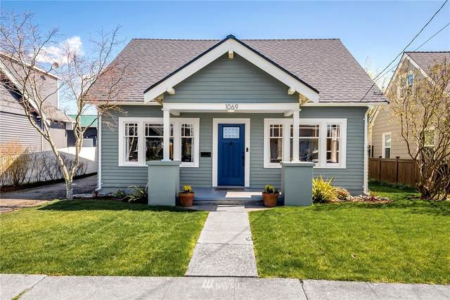 1069 Pioneer Street, Enumclaw, WA 98022 (#1755395) :: McAuley Homes