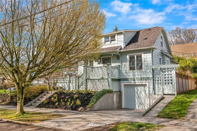 207 25th Avenue, Seattle, WA 98122 (#1755614) :: Ben Kinney Real Estate Team