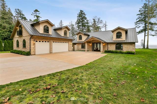 408 High Bluff Drive, Point Roberts, WA 98281 (#1755829) :: The Snow Group