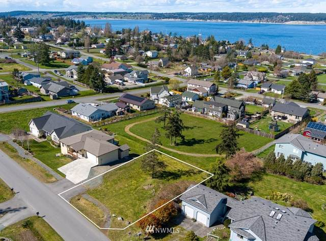 0 NE 4th Street, Coupeville, WA 98239 (MLS #1755894) :: Brantley Christianson Real Estate