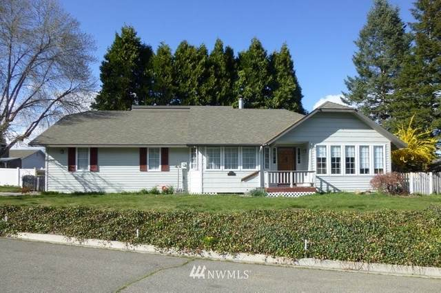 1504 Erin Place, Wenatchee, WA 98801 (#1756057) :: Ben Kinney Real Estate Team