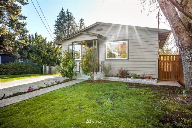 6525 43rd Avenue S, Seattle, WA 98118 (#1756551) :: Alchemy Real Estate