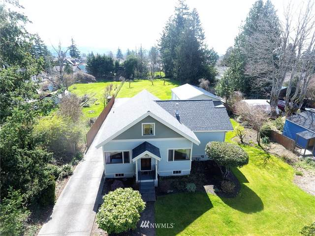 308 E Sunset Drive, Bellingham, WA 98225 (#1756816) :: Beach & Blvd Real Estate Group