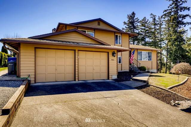 903 S 261st Place, Des Moines, WA 98198 (#1756917) :: Northwest Home Team Realty, LLC