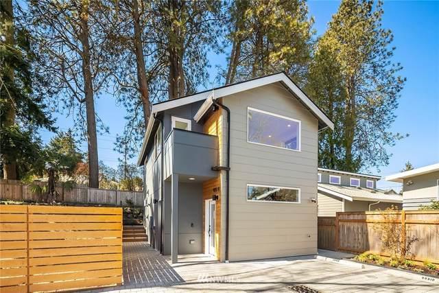 9051 Dibble Avenue NW B, Seattle, WA 98117 (#1757377) :: Urban Seattle Broker