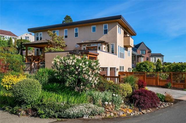 2602 43rd Avenue W, Seattle, WA 98199 (#1757393) :: Ben Kinney Real Estate Team