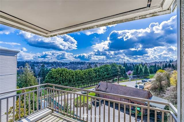 3221 SW Avalon Way #411, Seattle, WA 98126 (#1757472) :: The Snow Group