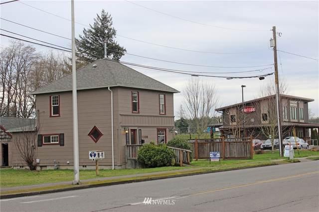 1208 Mellen Street, Centralia, WA 98531 (#1757693) :: Ben Kinney Real Estate Team