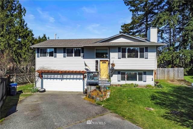 2210 127th Drive NE, Lake Stevens, WA 98258 (#1757871) :: Mike & Sandi Nelson Real Estate