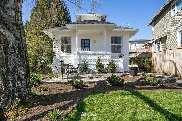 2052 N 78th Street, Seattle, WA 98103 (#1758174) :: Costello Team