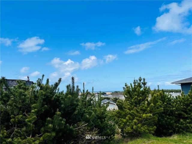 33613 J Place, Ocean Park, WA 98640 (#1758565) :: Lucas Pinto Real Estate Group