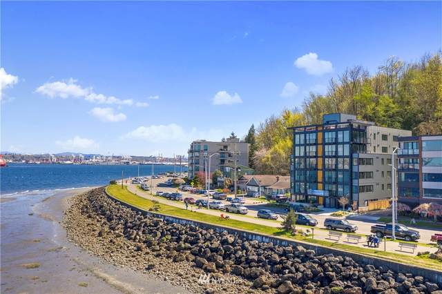 1118 Alki Avenue SW #402, Seattle, WA 98116 (#1758703) :: Costello Team