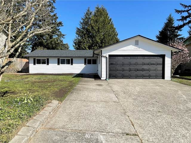 12624 SE 212th Place, Kent, WA 98031 (#1758879) :: Urban Seattle Broker