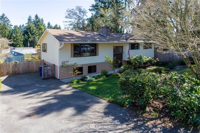 13022 8th Place SW, Burien, WA 98146 (#1759151) :: Northern Key Team