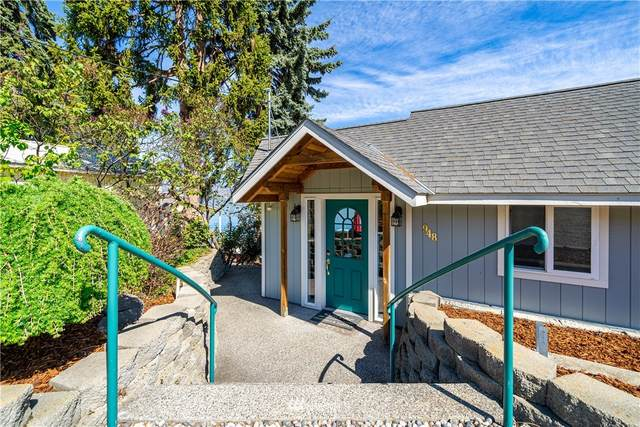 948 S Lakeshore Road, Chelan, WA 98816 (#1759162) :: Becky Barrick & Associates, Keller Williams Realty