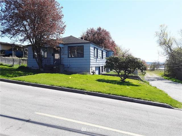 8304 272nd Street NW, Stanwood, WA 98292 (#1759166) :: Lucas Pinto Real Estate Group