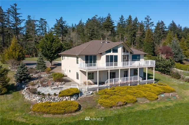 2364 Strawberry Point Road, Oak Harbor, WA 98277 (#1759230) :: The Snow Group