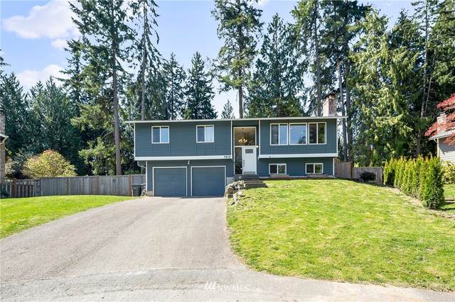 7213 Rhododendron Place NW, Bremerton, WA 98311 (#1759356) :: Icon Real Estate Group