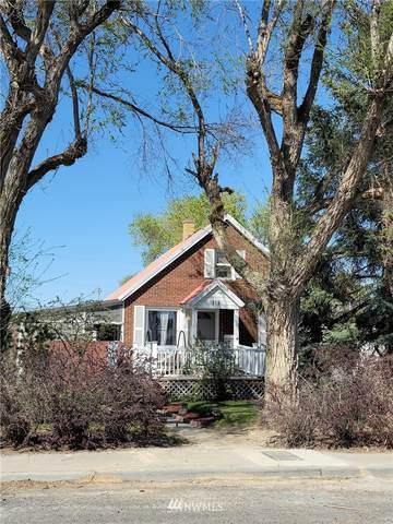 318 4th Avenue SE, Soap Lake, WA 98851 (#1759532) :: Icon Real Estate Group