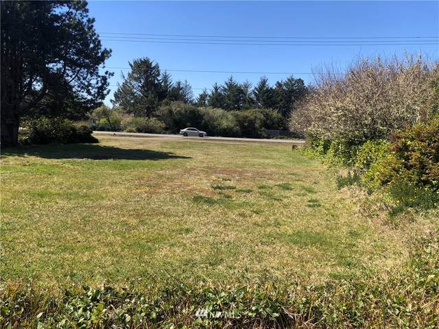260 Pt. Brown Avenue NE, Ocean Shores, WA 98569 (#1759533) :: Lucas Pinto Real Estate Group