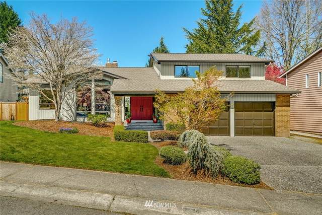 19124 SE 44th Way, Issaquah, WA 98027 (MLS #1759671) :: Community Real Estate Group