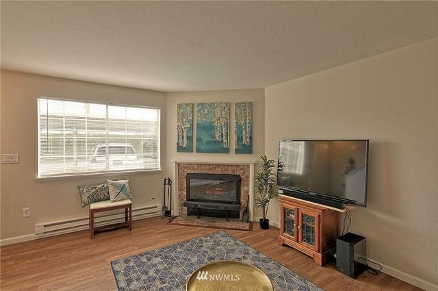 115 124th Street SE D-2, Everett, WA 98208 (#1759757) :: Keller Williams Western Realty