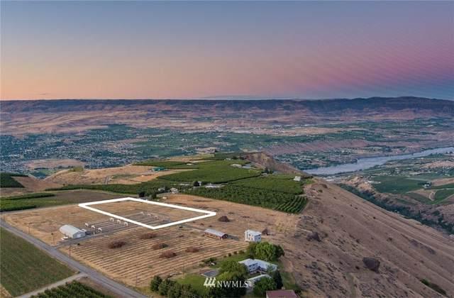 8888 Nna Wenatchee Heights, Wenatchee, WA 98801 (#1760038) :: Northwest Home Team Realty, LLC