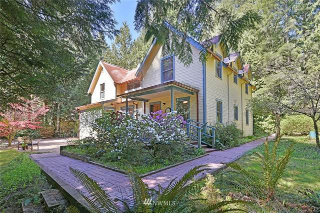 10725 Arrow Point Drive NE, Bainbridge Island, WA 98110 (MLS #1760064) :: Community Real Estate Group