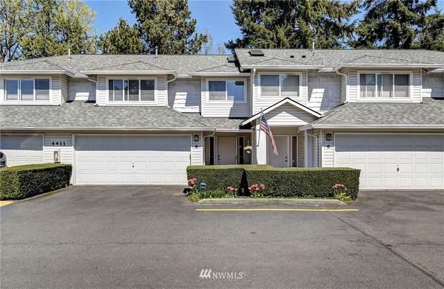 4411 217th Street SW B, Mountlake Terrace, WA 98043 (#1760105) :: Ben Kinney Real Estate Team