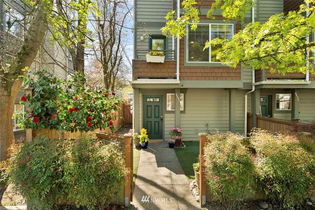 443 NE Ravenna Boulevard C, Seattle, WA 98115 (#1760208) :: Shook Home Group