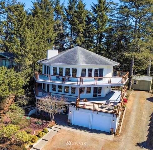 31206 J Place, Ocean Park, WA 98640 (#1760249) :: Alchemy Real Estate