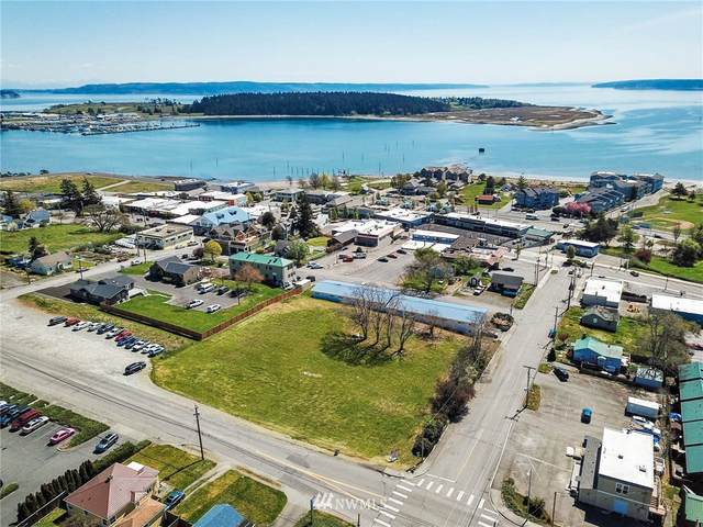 0 SE Barrington Drive, Oak Harbor, WA 98277 (#1760290) :: Front Street Realty