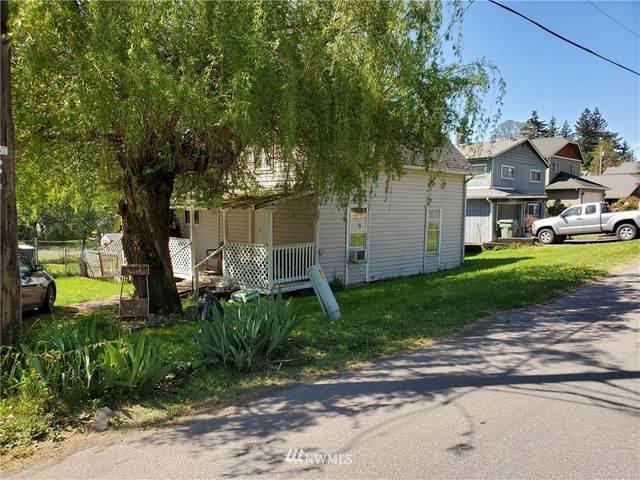 348 Ivy Street, Kalama, WA 98625 (#1760460) :: Costello Team