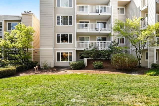 2740 76th Avenue SE #204, Mercer Island, WA 98040 (#1760565) :: Icon Real Estate Group