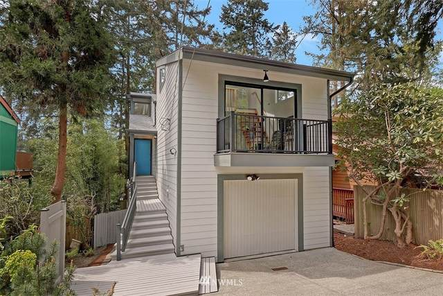 10037 46th Avenue NE, Seattle, WA 98125 (#1760860) :: Northwest Home Team Realty, LLC