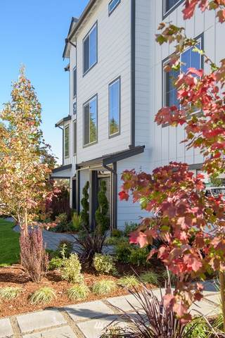 2011 101st Avenue SE #5, Lake Stevens, WA 98258 (#1761279) :: Costello Team