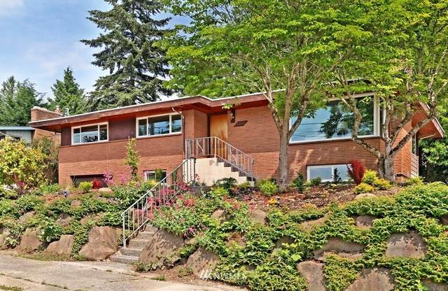 7756 52nd Avenue S, Seattle, WA 98118 (#1761683) :: Icon Real Estate Group