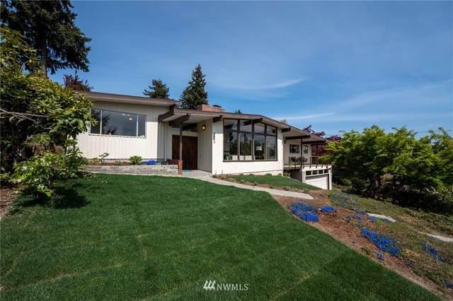 5666 NE 180th Street, Kenmore, WA 98028 (MLS #1761710) :: Community Real Estate Group