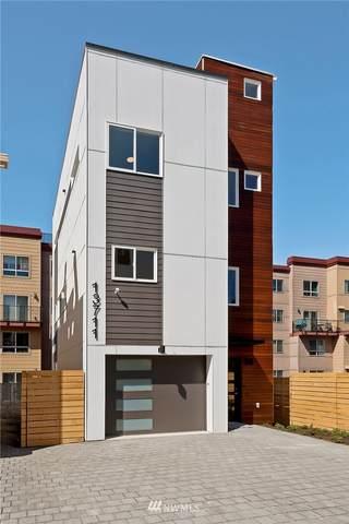 13711 35th Avenue NE, Seattle, WA 98125 (#1761836) :: Icon Real Estate Group