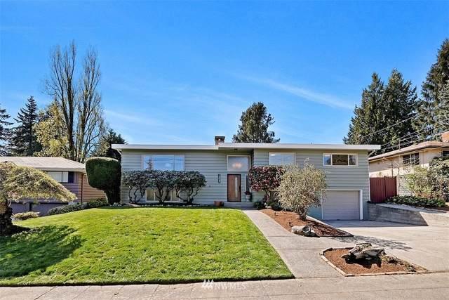 12047 Fremont Avenue N, Seattle, WA 98133 (#1761845) :: Provost Team | Coldwell Banker Walla Walla