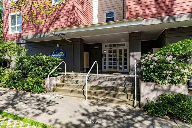 2805 NE 125th Street #205, Seattle, WA 98125 (#1761942) :: Northwest Home Team Realty, LLC