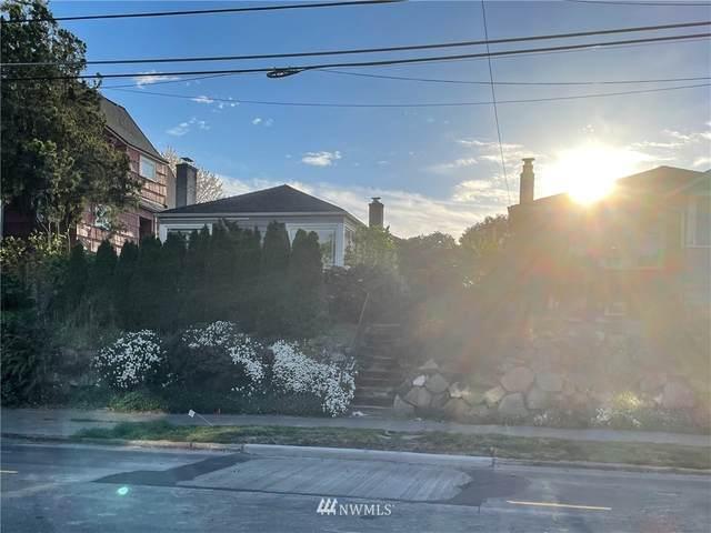 7621 15th Ave NE, Seattle, WA 98115 (#1761964) :: Alchemy Real Estate