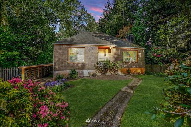 10546 35th Avenue NE, Seattle, WA 98125 (#1762170) :: Better Homes and Gardens Real Estate McKenzie Group