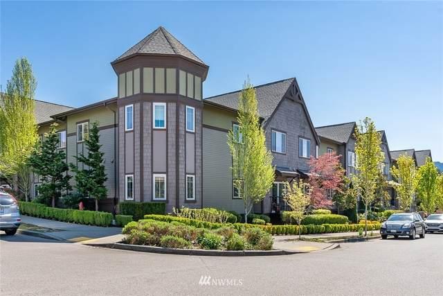 1736 10th Avenue NE C111, Issaquah, WA 98029 (#1762288) :: Shook Home Group