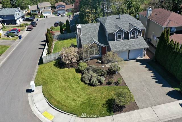 32306 18th Avenue SW, Federal Way, WA 98023 (#1762611) :: Shook Home Group