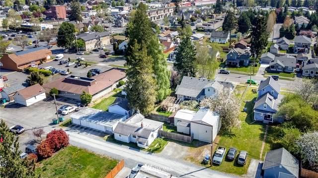 330 4th Street SE, Puyallup, WA 98372 (#1762881) :: The Kendra Todd Group at Keller Williams